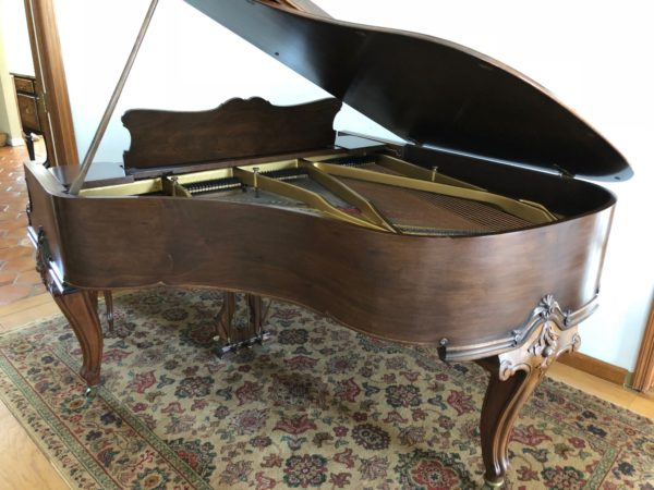 Wm Knabe 1927 walnut grand piano carved legs